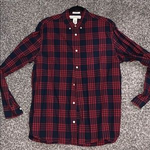 Navy and Red plaid button down shirt. Size: Large